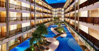 Four Points by Sheraton Bali Kuta - Kuta - Svømmebasseng