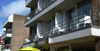 Hotel Maxim - De Panne - Edificio