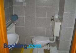 Lunczer Panzio - Mosonmagyaróvár - Bathroom
