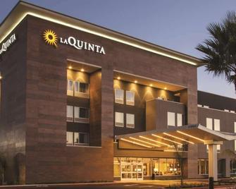 La Quinta Inn & Suites by Wyndham Marysville - Marysville - Building