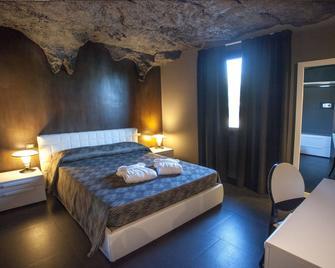 B&B Tra le Braccia di Morfeo - Terrasini - Bedroom