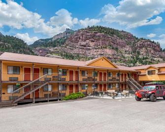 Quality Inn - Ouray - Building