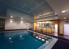 Petroff Palace Boutique Hotel - Moskova - Havuz