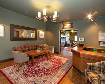 The Glencoe Inn - Ballachulish - Lobby