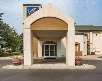 Motel 6 Bozeman, MT - Bozeman - Building