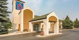 Motel 6 Bozeman Mt - Bozeman - Building