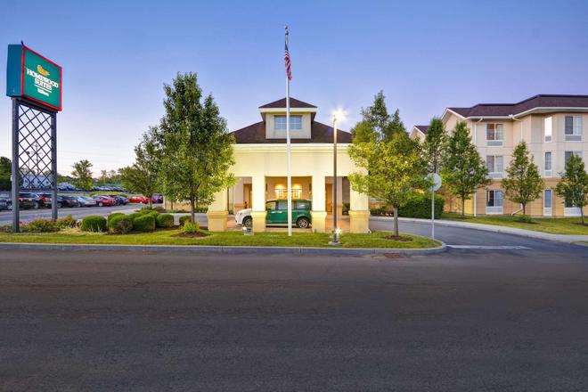 Homewood Suites by Hilton Ithaca - Ithaca - Building