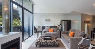 Queenstown Park Boutique Hotel - Queenstown - Sala de estar