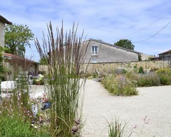 La Ferme Pateli - Courouvre - Outdoors view