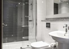 Cityroomz Edinburgh - Edinburgh - Bathroom