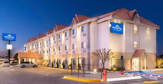 Microtel Inn And Suites by Wyndham Chihuahua - Τσιουάουα
