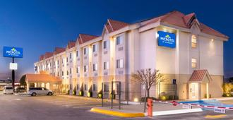 Microtel Inn And Suites by Wyndham Chihuahua - Chihuahua