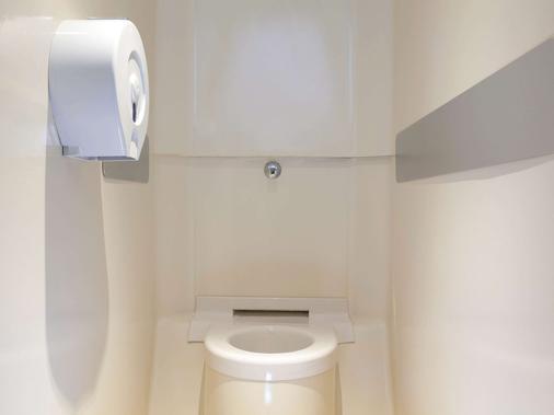 阿維尼翁中心庫爾蒂納tgv火車站一級方程式酒店 - 亞維儂 - 浴室