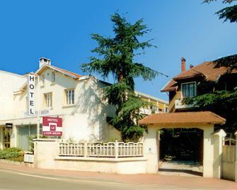 Hôtel Le Lyon Bron - Bron - Gebäude