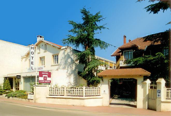 Hôtel Le Lyon Bron - Bron - Rakennus