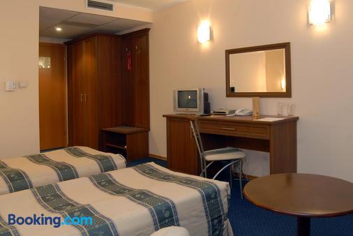 Hotel Luxor - Burgas - Bedroom