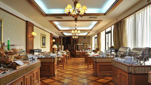 Le Passage Cairo Hotel & Casino - Cairo - Buffet