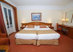 Hotel Hoyuela - Santander - Habitación