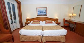 Hotel Hoyuela - Thành phố Santander - Phòng ngủ