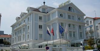Hotel Hoyuela - Thành phố Santander - Toà nhà