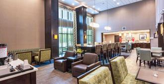 Hampton Inn & Suites Duluth North/Mall Area - Duluth - Restaurante