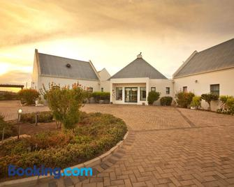 Tortoise Trail Lodge - Langebaan - Building