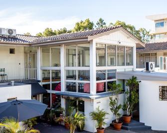 Baileys Motel - Perth - Building