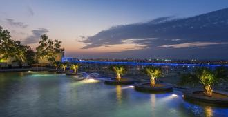 Millennium Plaza Hotel Dubai - Dubai - Outdoor view