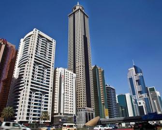Millennium Plaza Hotel Dubai - Dubai - Building