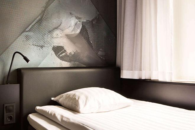 Comfort Hotel Xpress Stockholm Central - Stockholm - Bedroom