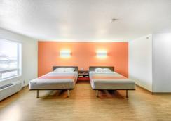 薩斯喀徹溫省里賈納 6 號汽車旅館 - 雷吉那 - 里賈納 - 臥室