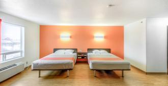 Motel 6 Regina SK - רגינה - חדר שינה