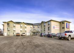 Motel 6 Regina SK - Ρεγγίνα - Κτίριο
