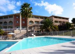 Adonis Saint Florent - Saint-Florent - Pool