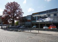 Hotel Browar Brzeg - Brzeg - Edificio