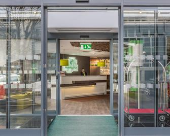 Holiday Inn London - Watford Junction - Watford - Gebäude