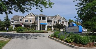 Newport Resort - Egg Harbor - Building