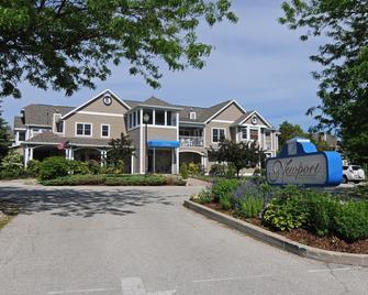 Newport Resort - Egg Harbor - Building