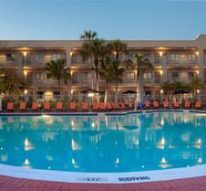La Quinta Inn & Suites by Wyndham Ft. Myers-Sanibel Gateway