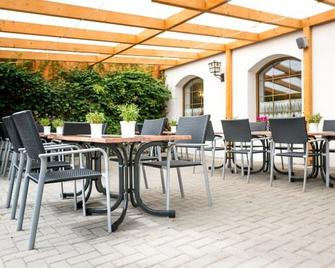 Hotel Bohlenblick - Saalfeld/Saale - Patio
