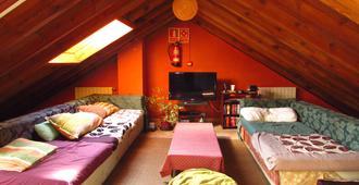 Duermevela Hostel - סגוביה - חדר שינה