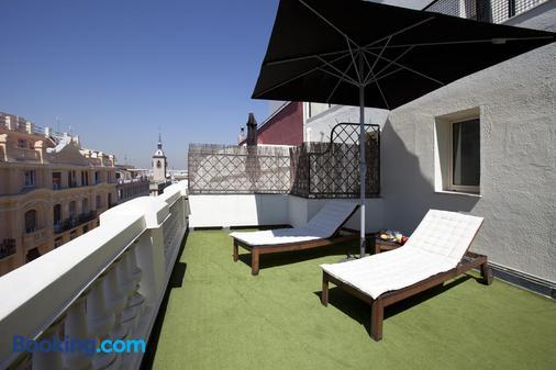 Hotel Moderno - Madrid - Balcony