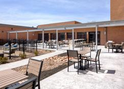 DoubleTree by Hilton Syracuse - Siracusa - Patio