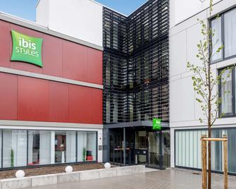 Ibis Styles Karlsruhe Ettlingen - Ettlingen - Building