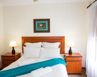 Pine Lake Marina - Sedgefield - Bedroom