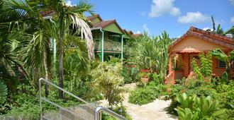 Hotel Bambou - Les Trois-Îlets