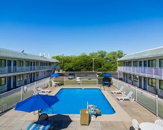 Motel 6 Waco - Bellmead - Bellmead - Zwembad