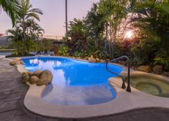 Amaroo at Trinity - Trinity Beach - Pool