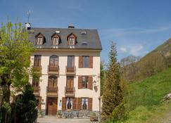 Casa Es Neres - Les - Building