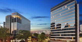 Days Hotel by Wyndham Singapore at Zhongshan Park - Singapore - Toà nhà